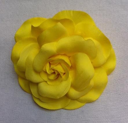 AF25H_Med 2 Peonia_amarillo