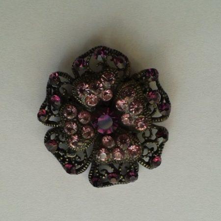 AN21B_Prendedor flor chica strass morado
