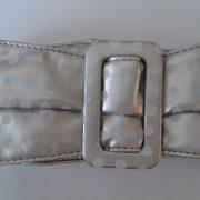 AN36A_Cinturon ancho plateado_LIV