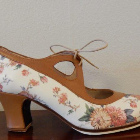 Zapato profesional Begoña Cervera Candor 37-5 Ancho floreado lado 155