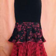 Falda Cascada_flores rojas