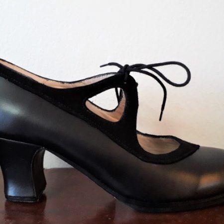 Zapato Begoña Cervera Candor 38 negro lado